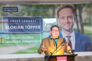 Kreisvorsitzender Kai Niklaus begrüßt Gäste und Delegierte