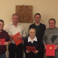 Im Bild (SPD) v.li.: Neumitglied Andreas Weeth, Georg Pawlak (45 Jahre Mitglied), Alma Feldmann (25 Jahre Mitglied) Landrat Florian Töpper sowie Norbert Benkert (30 Jahre Mitglied).